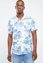 STYLE REPUBLIC - Captain revere collar shirt - white & blue