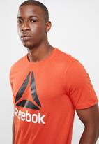 Reebok - Stacked tee - orange