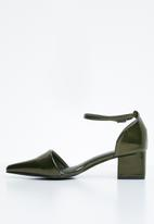 STYLE REPUBLIC - Ankle strap pointy heel - green