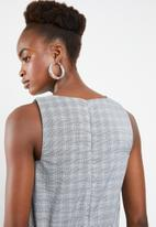 Superbalist - Check jumpsuit with drawstring detail - black