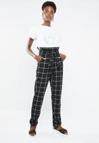 Superbalist - Pique paperbag trouser - black