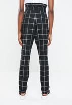 Superbalist - Pique paperbag trouser - black