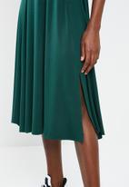 Superbalist - Knit midi dress - green