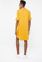 Superbalist - Shift dress with button detail - mustard