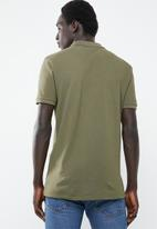 Superbalist - Pique short sleeve slim fit polo 2-pack tees - olive & burgundy