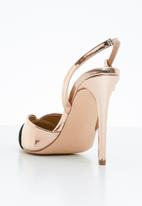 Madison® - Slingback court heels - rose gold