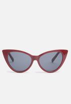 Superbalist - Gwen cat-eye sunglasses - burgundy