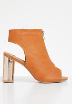 Jada - Metallic detail heels - tan