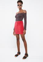 Missguided - Superstretch corduroy skirt - red