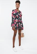 Missguided - Floral polka dot flared sleeve dress - multi