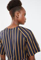 Missguided -  Tie detail striped dress - navy & yellow