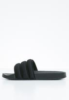 Superbalist - Puff pool slide - black