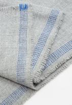 MANGO - Flecked scarf - grey
