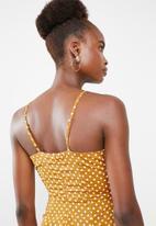 Missguided - Polka dot ruffle hem cami dress - yellow & white