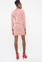 Missguided - Tailored collar plunge mini dress - pink