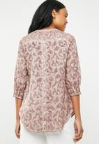 G Couture - Deep V-neck blouse with button back - pink