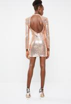 Missguided - Sequin cut out long sleeve mini - rose gold