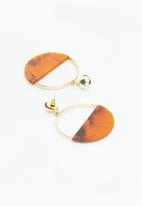 Superbalist - Kelli hoop earrings - brown/gold