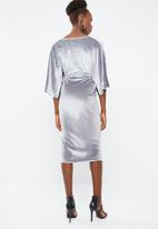 Missguided - Velvet plunge twist front maxi dress - grey