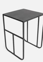 Sixth Floor - Grid nested table - black