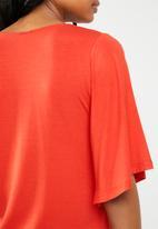 edit - Wide sleeve top - red