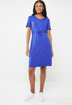 edit - Short sleeve dress with draw-chord - blue