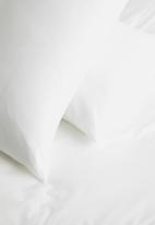 Sixth Floor - Polycotton bedding pack - white