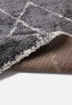 Fotakis - Royal nomadic shaggy rug -grey triangles