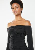 Superbalist - Ruched off the shoulder bodycon - black