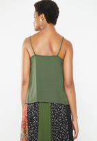 Superbalist - Cami with lace trim - green & black