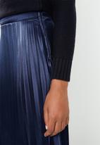 Superbalist - Hanky hem pleated skirt - navy