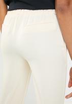 Superbalist - Classic suit pant - cream