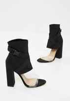 Public Desire - Forte buckle strap block heel - black