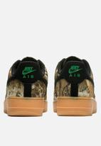 Nike - Air Force 1 '07 LV8 3 - black/black-aloe verde-gum med brown