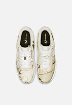 Nike - Air Force 1 '07 LV8 3 - white/light bone