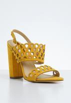 Miss Black - Kenya heel - yellow