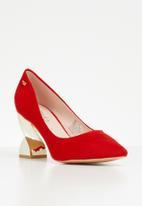 Miss Black - Mirror court heels - red