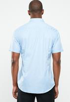 STYLE REPUBLIC - Essential slim fit short sleeve shirt - blue