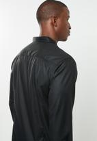 STYLE REPUBLIC - Essential slim fit long sleeve shirt - black