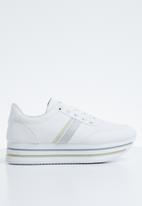 SOVIET - L Miley platform sneakers - white