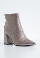 Public Desire - Empire pointed toe ankle boot - silver