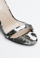 Miss Black - Zera heel - black