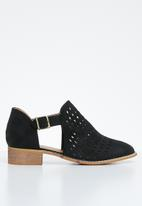 Jada - Laser cut flat ankle boot - black