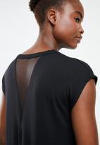 Superbalist - Dropped shoulder vest - black