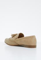 Jada - Tassel combo flat loafer - neutral