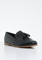 Jada - Tassel combo flat loafer - black