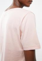 Superbalist - Boyfriend tee 2 pack  - pink / white