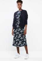 Revenge - Floral tie front wide sleeve dress - navy