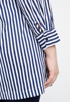 STYLE REPUBLIC PLUS - Wrap stripe blazer - navy & white