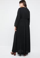 STYLE REPUBLIC PLUS - Goddess dress - black